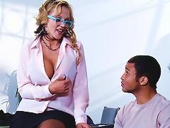 Kinky Cougar With Glasses Enjoying A Hardcore Doggy Style Fuck