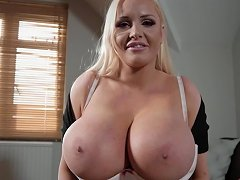 Massive Tits Jordan Pryce Gets Her Cunt Pounded By A Guy's Penis