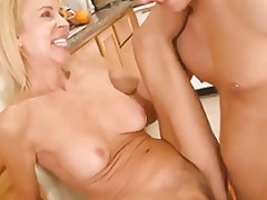 Thin Mom With Hairy Pubis Small Tits Guy Free Porn 56