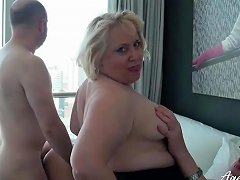 Mature Swinging Foursome With Curvy Sluts Getting Laid