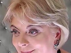 Gorgeous Blonde Milf On Cam