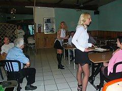 3 Serveuses En Sodo Au Resto French Anal Milfs