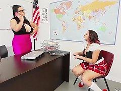 Teachers Sara Jay Angelina Castro Fuck Pupil Gia In Class